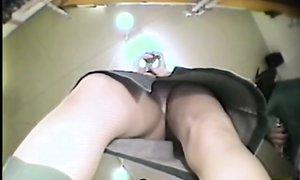 Что под юбками у азиатских цыпочек